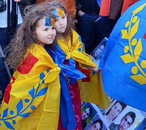 L'indépendance de la Kabylie est en marche 11175006_1420958824878680_6116909749691273_n-300x267